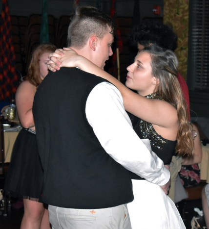 Homecoming.Dance.Highlands (12)