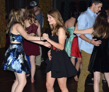 Homecoming.Dance.Highlands (20)