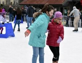 Ice.skate.Xmas.promo (2)