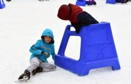 Ice.skate.Xmas.promo (3)
