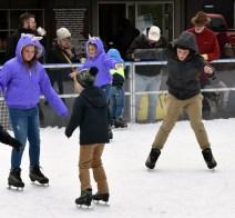 Ice.skate.Xmas.promo (6)