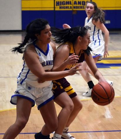 Highlands.Cherokee.basketball.V (1)