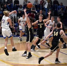 Highlands.Hayesville.basketball.V.boys (20)