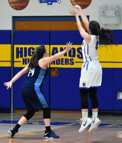 Highlands.Nantahala.basketball.V.girls (2)