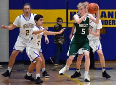 Highlands.Blue.Ridge.basketball.JV.boys.sr.nite (9)
