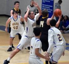 Highlands.Murphy.basketball.JV.boys (22)