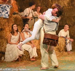 Playhouse (1)