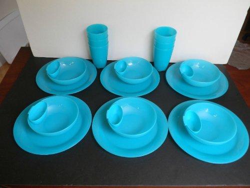 Tupperware Dinner Plates. Tupperware Microwave Reheatable