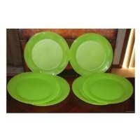 Tupperware Dinner Plates. Tupperware Microwave Reheatable ...