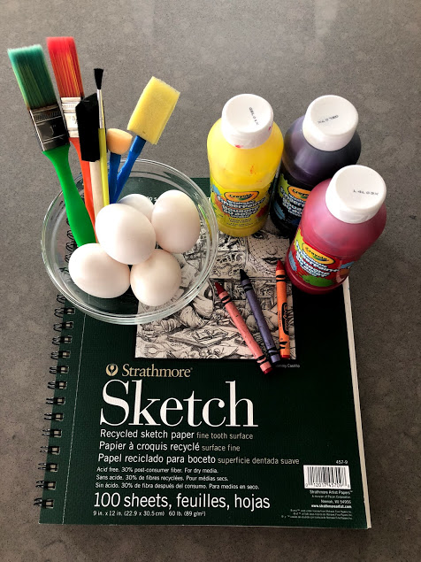 Supplies for painting with egg yolks