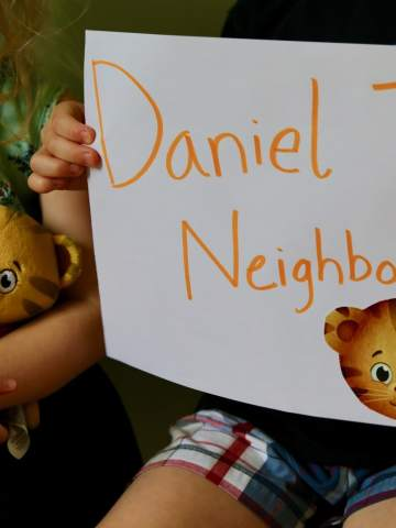 Sign of Daniel Tiger's Neighborhood
