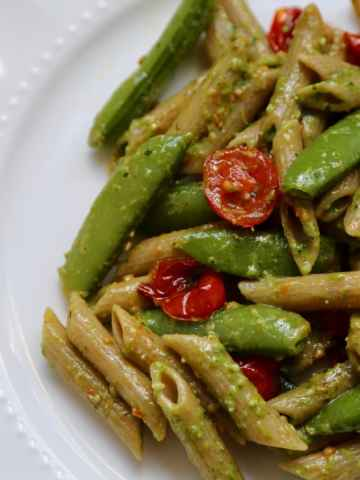 Pesto Penne Pasta with Sugar Snap Peas