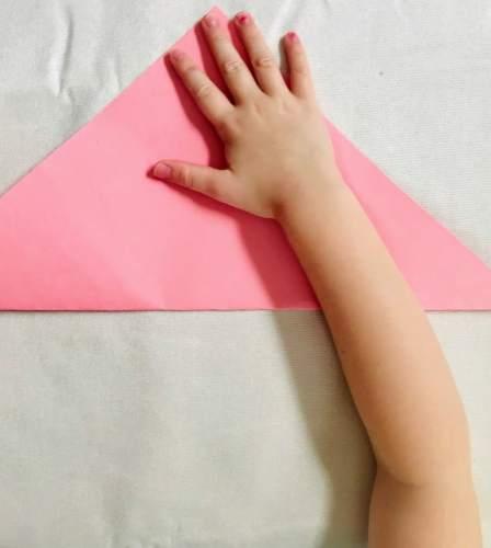folding square paper into triangle