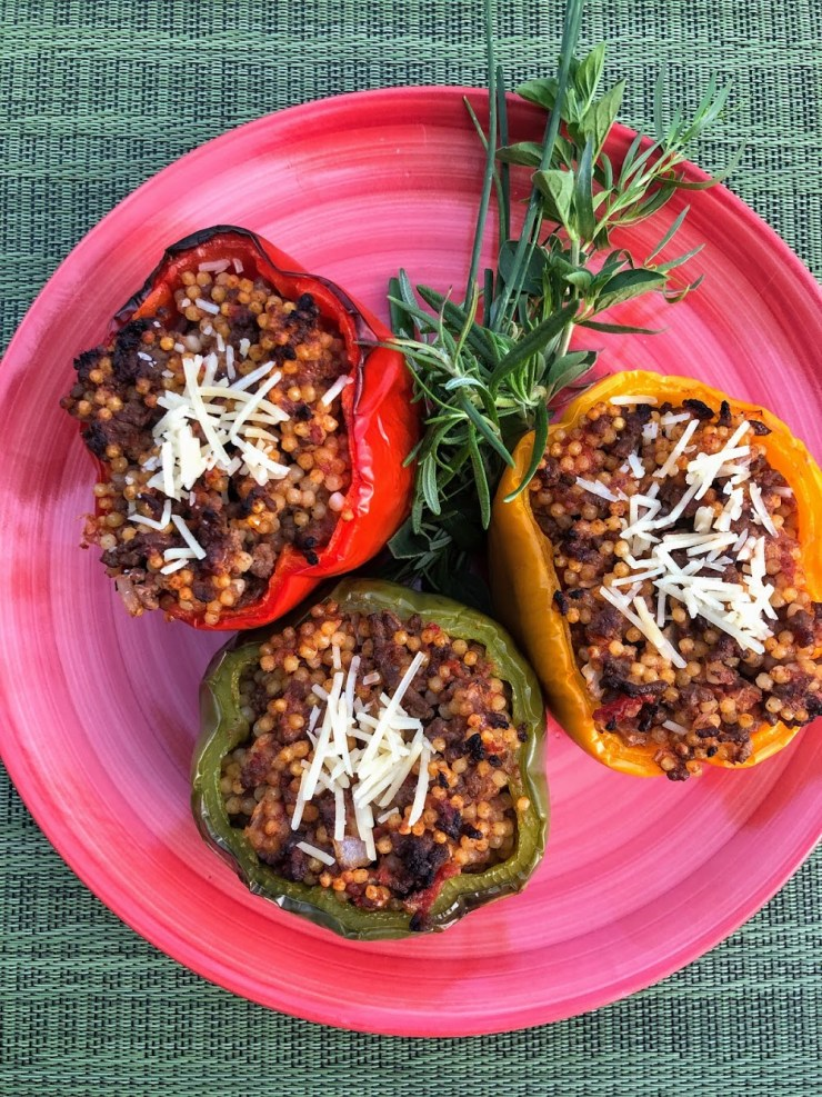 Stuffed Bell Peppers with Beefy, Cheesy Yumminess