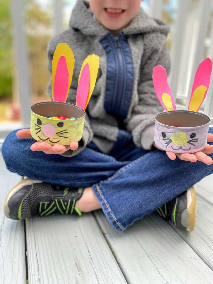 boy holding bunny dishes1