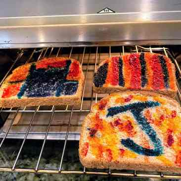 painted toast in oven