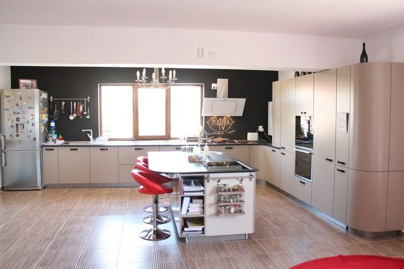 Design bucătărie Studio TV a Reţetetv.ro, Oana Grecea şi Euphoria Kitchens Hall (6)
