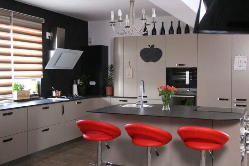 Design bucătărie Studio TV a Reţetetv.ro, Oana Grecea şi Euphoria Kitchens Hall Reţete Video