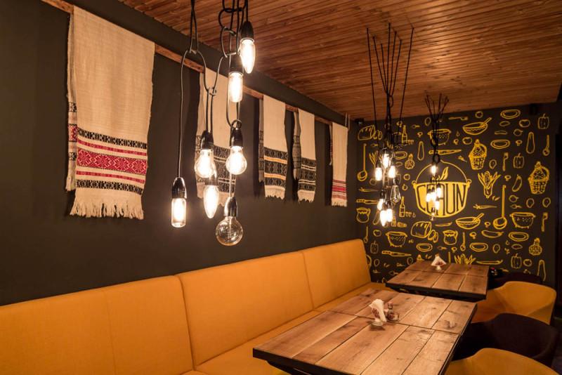 restaurant tradiţional La Ceaun Tihnit Brasov (3)