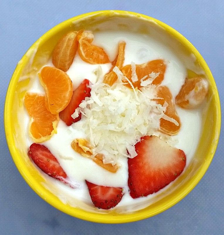 Here's a fun and healthy snack idea: Tropical Fruity Yogurt! It's so easy to make that even my 6 year old can do it by herself. Links to other snacks, too.