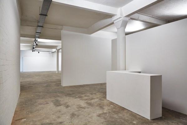 Spaces in Art Galleries