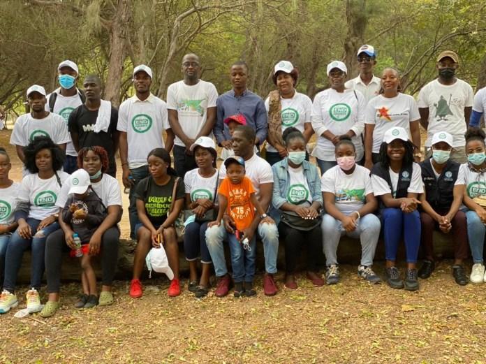 Jovens líderes africanos reflectem dia internacional para a erradicação da pobreza