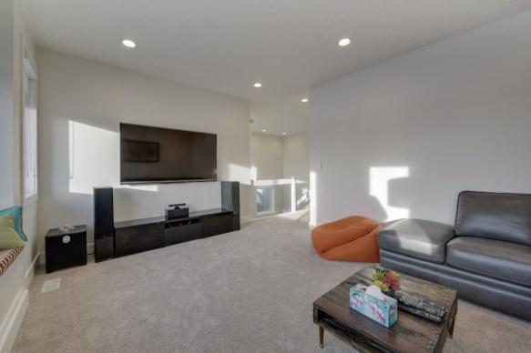 Platinum Signature Homes 17811 22
