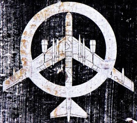 Pax Americana b52_vopna_ur_fir_ur