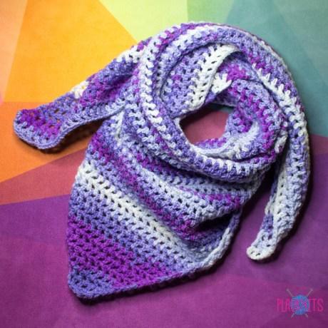 Сиреневый вязаный шарф-бактус ручной работы