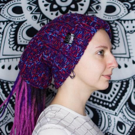 Фиолетово-красная вязаная шапка / повязка для дред