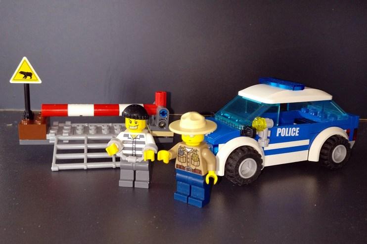 Lego® 4436 [City] Streifenwagen / Patrol car (Get it @ PLAY-BAY.de)