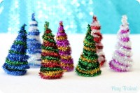 DIY Pipe Cleaner Trees Christmas Craft
