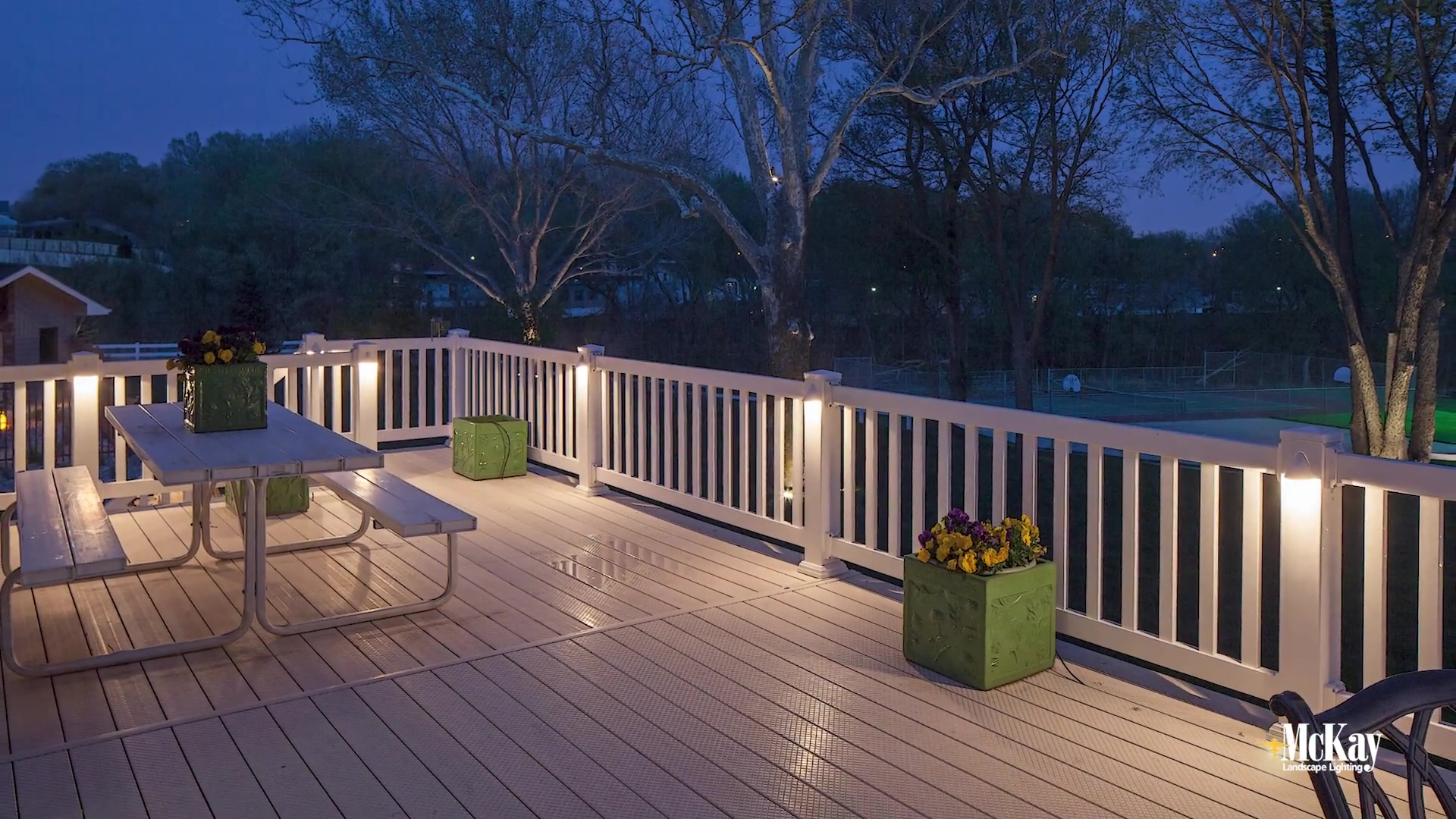 Subtle Outdoor Deck Railing Lighting Ideas