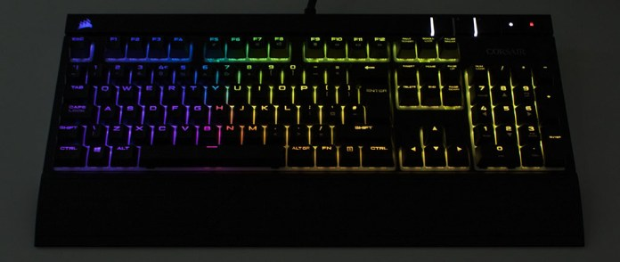 corsair-strafergb-lights1