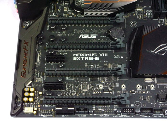ASUS Maximus VIII Extreme Assembly - PCIe Area