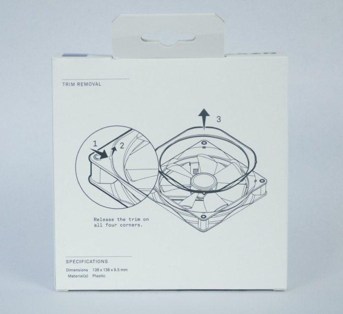 nzxt-kraken-x42-aio-accessories-box-rear