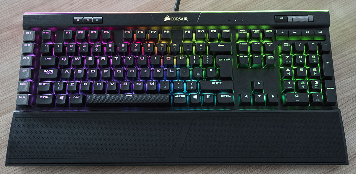 Corsair K95 RGB Platinum Mechanical Keyboard Review | Play3r