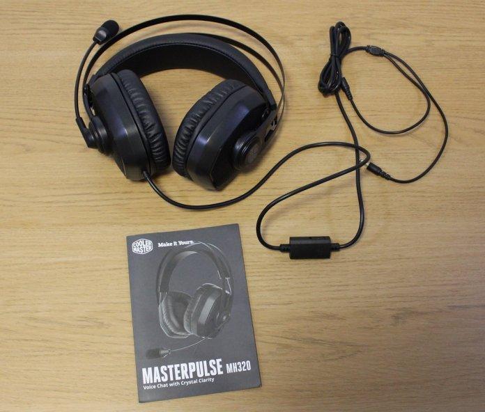 CM Masterpulse MH320 box contents