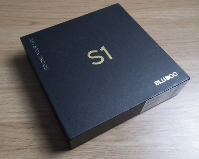 Bluboo S1 box