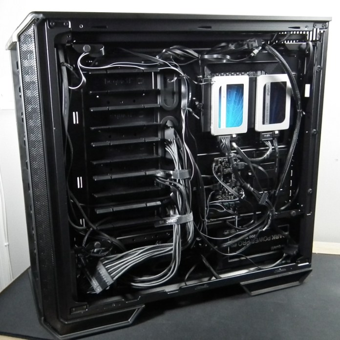 be quiet dark base 700 build rear