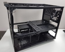 Thermaltake Level 20 XT Chassis
