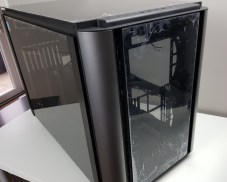 Thermaltake Level 20 XT Front