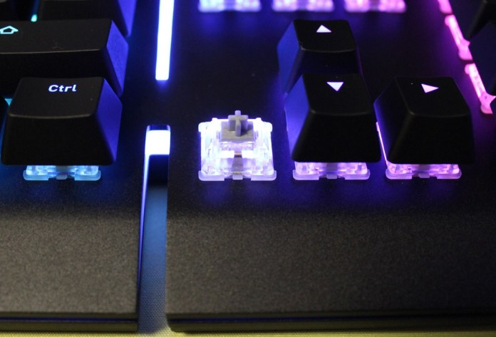 TT Level 20 Mechanical Keyboard silver switch