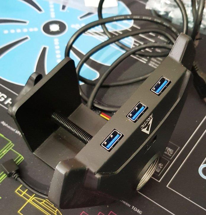 Arctic Z1 Pro Gen3 Single Monitor Arm 3