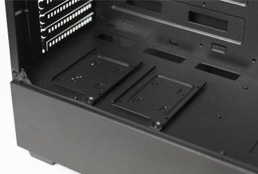 Modular SSD Trays