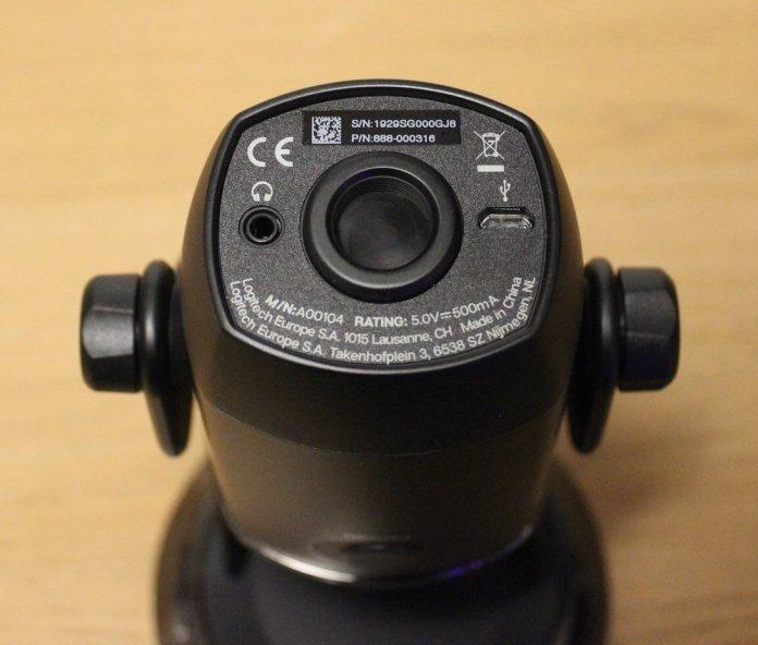 Blue Yeti X Box microphone bottom ports