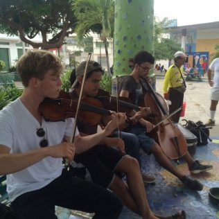 Bei einem Auftritt auf der Plaza Civica
