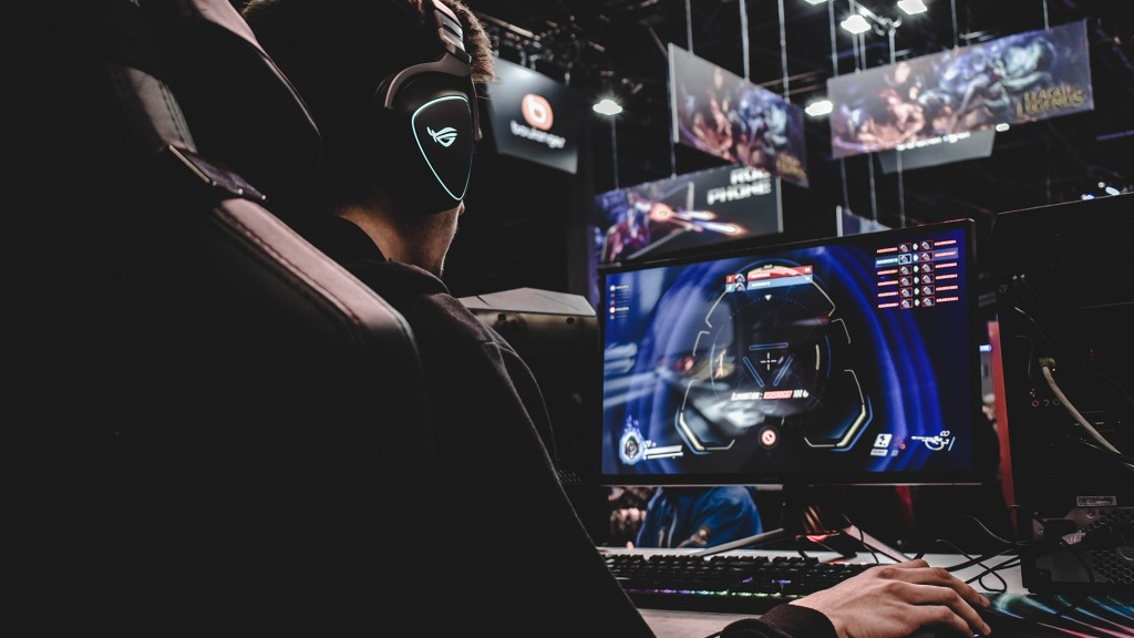 How Esports Is Challenging Traditional Sports Broadcasting