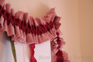 'Seamless' Ruffle Garland Tutorial