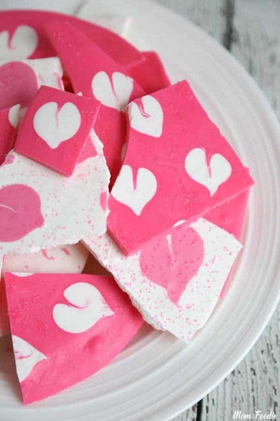 Heart Shaped Chocolates Treats: Chocolate bark with heart design